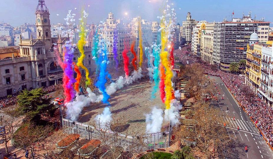 Las Fallas de València: cómo sacar partido a la comunicación estacional